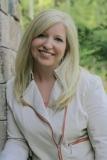 kristin smith author bio