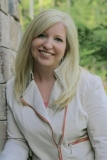 kristin smith author bio