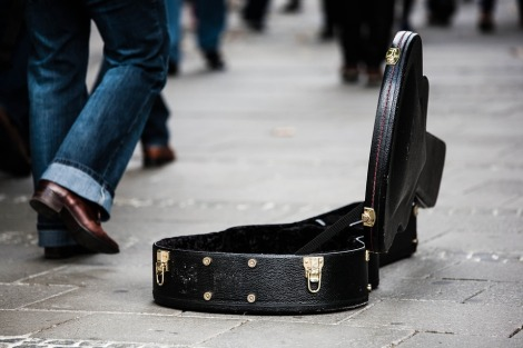 guitar case pixabay