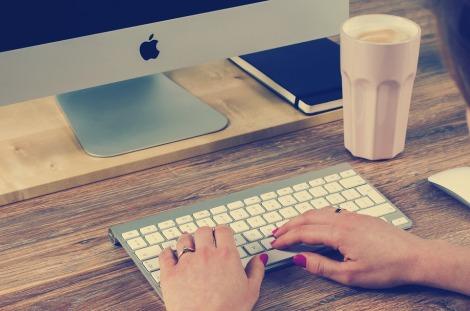 typing keyboard writers tips apple mac desktop stock photo pixabay