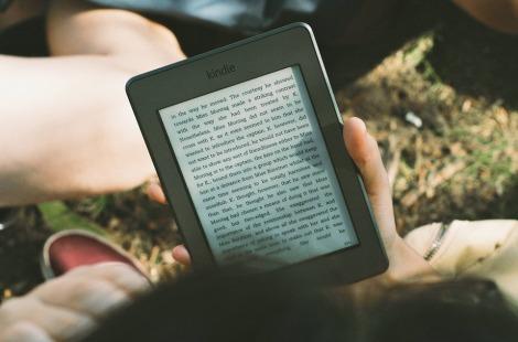 reading kindle ebook stock photo pixabay