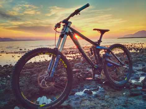 mountain bike stock photo sunset beach pexels-photo-462036