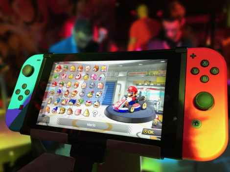 nintendo switch mario kart stock photo pexels-photo-371924